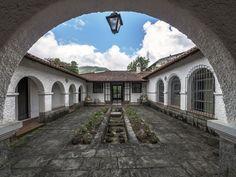 https://flic.kr/p/SeB4Ay | Casas do Brasil | Uma casa charmosa na cidade de Teresópolis.  Teresópolis,Rio de Janeiro, Brasil Tenham um excelente dia! :-)  _____________________________________________  Houses of Brazil  A charming house  in the city of Teresópolis.  Teresópolis, Brazil. Have a great day! ;-)  _____________________________________________  Buy my photos at / Compre minhas fotos na Getty Images  To direct contact me / Para me contactar diretamente: lmsmartins@msn.com