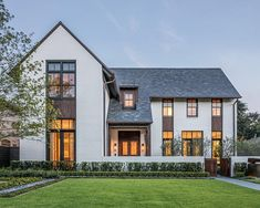 A few days back I shared this and today I'm sharing the front elevation. This home keeps impressing me. by Miller Darstand Architects. 📷Peter Molick via Transitional Chandeliers, Transitional Living Rooms, Transitional House, Transitional Bathroom, Transitional Lighting, Architecture Courtyard, Architecture Design, Modern Farmhouse Exterior, Front Elevation
