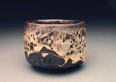 Joy of the Noble Teacup - international Chawan exhibition 2005 Ceramic Pots, Glass Ceramic, Ceramic Pottery, Pottery Art, Japanese Tea Ceremony, Fun Cup, Japanese Pottery, Pottery Studio, Tea Bowls