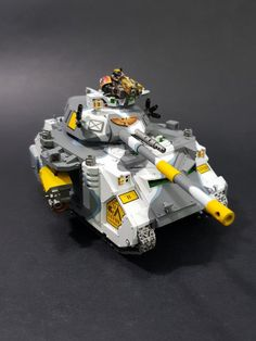 """Captain MAGpie's Cyclops Pike-Nosed Predator! A Games Workshop """"Cyclops"""" Predator Conversion Two grumpy tanks. This wasn't a fu..."""