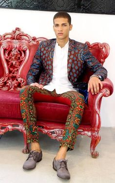 AFRICAN FASHION Retrouvez toutes les sélections Best-Of de CéWax sur le blog:https://cewax.wordpress.com/ Style ethnique tissus africains, Ankara, african men fashion prints pattern fabrics, wax,, kente, kitenge, kanga, bogolan, pagne, mud cloth, woodi