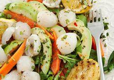 Litchi Salad with Sweet Chilli Dressing Sweet Chilli, Caprese Salad, Tasty Dishes, Salad Recipes, Potato Salad, Salads, Favorite Recipes, Ethnic Recipes, Dressing