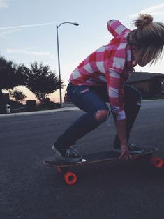 Vans, flannel,  and Longboards just seem to go together. Can't wait till its nice enough to use the board again!