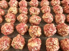 Make delicious Italian style venison meatballs at home. Deer Recipes, Wild Game Recipes, Easy Recipes, Venison Meatballs, Italian Meatballs, Deer Meat, Food Lab, Meatball Recipes