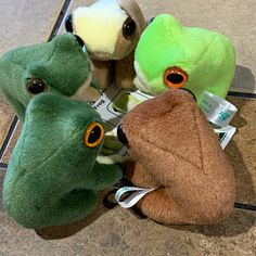 Froggy Five Soft Toys Cute Stuffed Animals, Dinosaur Stuffed Animal, Cute Animals, Sock Animals, Soft Toys Making, Itachi, Frog Art, Cute Frogs, Frog And Toad