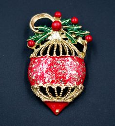 Vintage Christmas Holiday Gold Glitter Ball Enamel Ornament Brooch Pin