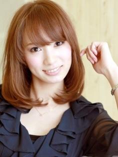 hair style / medium hair style