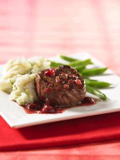 For a quick restaurant-steak experience at home, use thick-cut beef grilling medallions or tenderloin steaks, pan-seared and served with this simple sauce. You'll be surprised that it's so easy to do! Beef Medallions, Quick Restaurant, Restaurant Steak, Beef Tips, Beef Recipes, Sauce Porto, Pan Seared Steak, Tenderloin Steak, Sauces