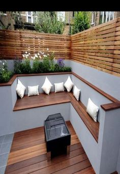 The modern wooden garden bench adapts to any garden situation . - Garten Dekoration The modern wooden garden bench adapts to any garden situation . Garden Seating, Diy Garden Furniture, Backyard Landscaping Designs, Roof Terrace Design, Outdoor Decor, Modern Garden, Wooden Garden Benches, Patio Design