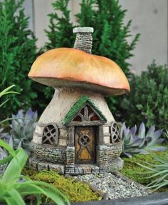 mushroom cottage. This quaint and charming cottage is the perfect addition to any fairy garden or village. Just the right fit for a fairy or gnome to make a home. Great in an outdoor garden or indoors.  £19.00 from  Fairy Gardens UK