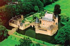 feestgids.nl met een luchtfoto van kasteel Heeswijk