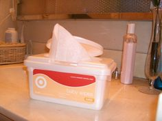 Ever wondered how to make your own homemade baby wipes? Yes, I said baby wipes. I never had thought of it either. Then again, I never thought I'd be maki