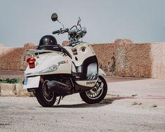 Honda Motorbikes, Motorcycle Images, 123 Photo, Insurance Quotes, Sport Bikes, Vespa, Hd Photos, Brown, Sports