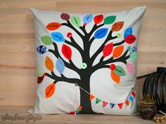 I have been asked to make so many different types of my traditional family tree pillows now that I thought I should share some pictures of t.