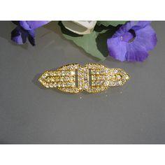 Designer 'Sphinx' brooch......255