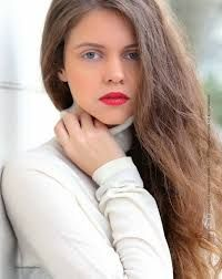 Αποτέλεσμα εικόνας για Ταμαμ Cool Photos, Long Hair Styles, Amazing, Beauty, Long Hairstyle, Long Haircuts, Long Hair Cuts, Beauty Illustration, Long Hairstyles