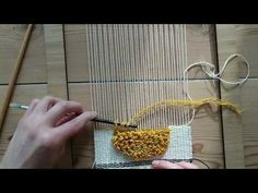Making a Woven Wall Hanging - Step Loops (pile weave) - Weaving for Beginners Weaving Wall Hanging, Weaving Art, Loom Weaving, Hand Weaving, Macrame Bracelet Patterns, Tapestry Loom, Creative Textiles, Weaving Projects, Tear