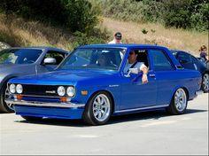 Datsun 510, blue