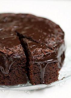 Chocolate Buttermilk Pound Cake ♥