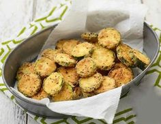 Get Zucchini Parmesan Crisps Recipe from Food Network Vegetable Sides, Vegetable Recipes, Vegetarian Recipes, Cooking Recipes, Healthy Recipes, Zucchini Pommes, Zucchini Pancakes, Fried Zucchini Recipes, Zucchini Fries