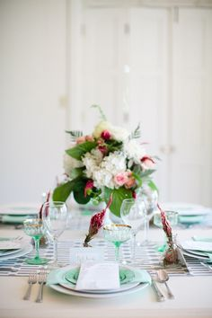 Tablescapes #Wedding #Centerpiece