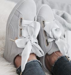 Like for puma Pretty Shoes, Cute Shoes, Me Too Shoes, Shoe Boots, Shoes Sandals, Puma Suede, Puma Sneakers Suede, Outfit Trends, Sneaker Heels