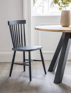 The beautiful Spindle Back Chair in Carbon is ideal around a dining table or as a standalone chair in the bedroom or study Black Kitchen Chairs, Black Dining Chairs, Wooden Dining Chairs, Round Dining Table, Dining Room Chairs, Dining Room Furniture, Table And Chairs, Painted Wooden Chairs, Study Chairs
