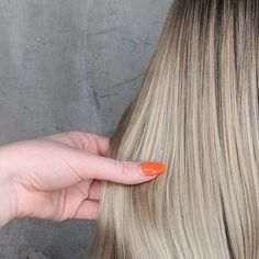 39 Ideas Hair Color Ombre Blonde Balayage Summer Haircuts For 2019 Blonde Dye, Ombre Blond, Ash Blonde Balayage, Blonde Roots, Ombre Hair Color, Hair Color Balayage, Ombre Hair Tutorial, Hair Goals Color, Hair Growth Charts