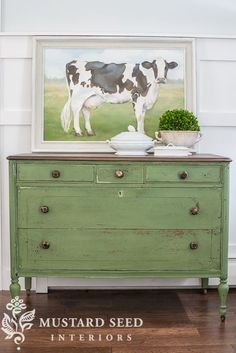 Ideas For Refinishing Furniture With Chalk Paint Dressers Miss Mustard Seeds Chalk Paint Furniture, Furniture Projects, Furniture Makeover, Diy Furniture, Green Painted Furniture, Furniture Plans, Antique Furniture, Bedroom Furniture, Modern Furniture