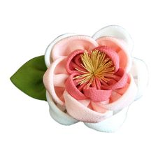 Satin Flowers, Diy Flowers, Fabric Flowers, Paper Flowers, Handmade Crafts, Diy And Crafts, Japanese Flowers, Kanzashi Flowers, Fabric Ribbon