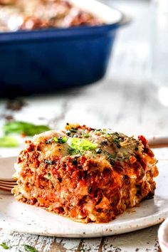 a slice of traditional lasagna with layers of ricotta, noodles, meat sauce, mozzarella, Parmesan with fresh parsley garnish on a white plate Lasagna With Cottage Cheese, Lasagna With Ricotta, Baked Lasagna, Lasagna Casserole, Casserole Recipes, Homemade Lasagna Recipes, Homemade Meat Sauce, Best Lasagna Recipe, Beef Recipes