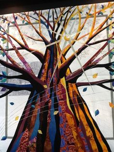 Tokyo Grand Prix quilt, a massive tree. Photo by Denise Griffith, posted at RedBerry Quilters Quilting Blogs, Quilting Projects, Art Quilting, Quilting Patterns, Quilting Ideas, Tree Quilt, Quilt Art, Fiber Art Quilts, Neutral Quilt
