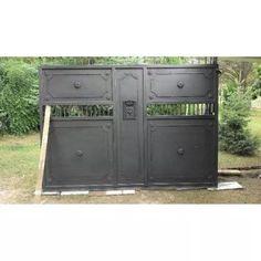 Porton Corrediso  De Hierro Artesanal. - $ 1.000,00 Front Gates, Entry Gates, Entrance Doors, Sliding Gate, Gate Design, Garden Gates, Windows And Doors, New Homes, Iron