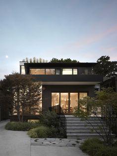 rear facade of a modern Toronto house