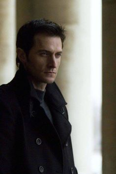 (4) Richard Armitage