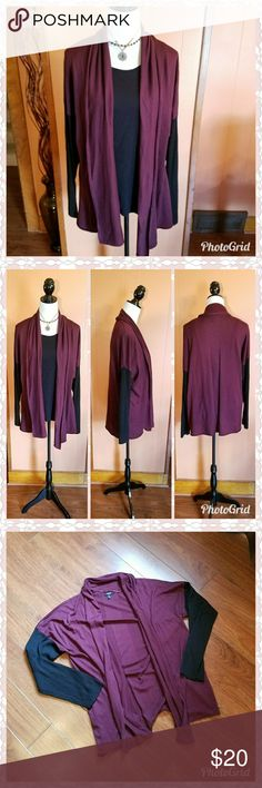 Burgundy open cardigan sweater Perfect for fall. This burgundy sweater has black sleeves. Open cardigan style. Beautiful with a pair of jeans and high boots. Shown with a black top underneath.(not included) Excellent used condition. Machine washable. Add the necklace shown in the photo for only $5. Apt. 9 Sweaters Cardigans