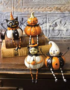 Pumpkin Munchkin Halloween Figurines Shelf Sitters