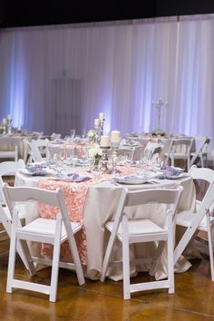 Reception Table Decor White and Pink | The-Palms-Chico-California-Wedding-Photographer