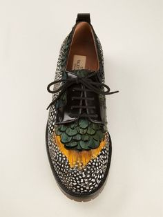 Oxfords or brogues? 6 variations of fashionable shoes for every day- Оксфорды или броги? Feather Oxfords by Valentino - Valentino Garavani, Valentino Couture, Valentino Women, Derby, Crazy Shoes, Me Too Shoes, Boot Over The Knee, Zapatos Shoes, Footwear Shoes