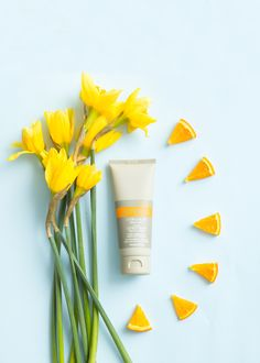 This silky lotion absorbs quickly while awakening the senses with the exclusive CPTG® Citrus Bliss Essential Oil Blend. Doterra Essential Oils, Essential Oil Blends, S Spa, Hand Lotion, Good Skin, Aromatherapy, Creme, Bliss