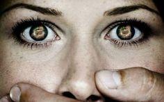 Избыточное образование слизи в организме — причина многих заболеваний и воспалительных процессов. Когда мы съедаем вареную, обработанную пищу, образуется слизь. С годами она накапливается, и если тело не справляется со своевременным очищением, слизь начинает заполнять все полости нашего тела. В первую очередь страдают легкие, бронхи, желудок. Когда её собирается много, слизь поднимается наверх и выходит […]