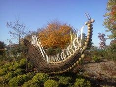 Sculpture #Steampunk - Saint Pierre D'Irube (Pays Basque) - U_G_G_L_Y