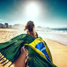 Follow me to Copacabana beach in Rio - Murad Osmann