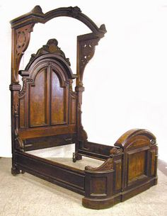 Furniture; Canopy Bed; Italianate, Renaissance Revival