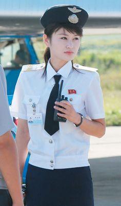 平壌国際空港の女性従業員(2014年09月16日) ▼16Sep2014時事通信 北朝鮮の美女たち 写真特集 http://www.jiji.com/jc/d4?d=d4_kk&p=nko625-A66P1016 #North_Korea #Pyongyang_Sunan_International_Airport #FNJ