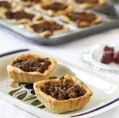 Meat and Mushrooms Mini Pie (*hebrew)