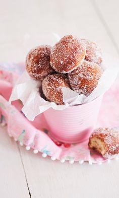 Rahkamunkit | Maku Doughnut, Cereal, Baking, Breakfast, Desserts, Food, Morning Coffee, Tailgate Desserts, Deserts