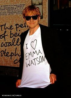 """Rupert Grint on the premiere of """"The Perks Of Being A Wallflower"""" wearing Emma Watson t-shirt haha aw"""