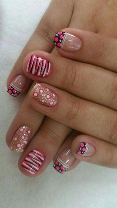Glam Nails, Fancy Nails, Pink Nails, Cute Nails, Fingernail Designs, Nail Art Designs, Nail Polish Style, Feather Nail Art, Easter Nails
