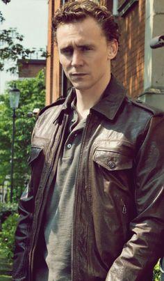 Tom Hiddleston (as Magnus in Wallander)